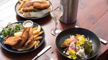 Bruny Island Cruises & Seafood Restaurant 1